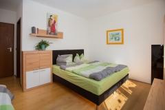 Zimmer-mit-Bad-und-Dusche-Schwabach-1000