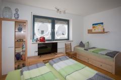 Zimmer-mit-Bad-und-Dusche-Schwabach-1004